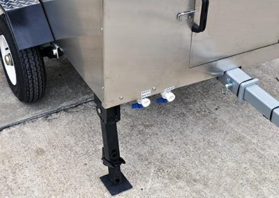 Jack Stands and Removable Tow Bar